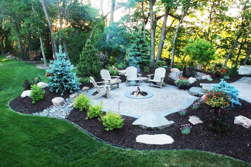 fire-pit-patio-design-ideas-16