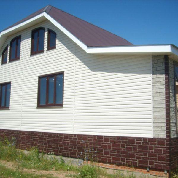 Закрепление сайдинга на деревянном доме