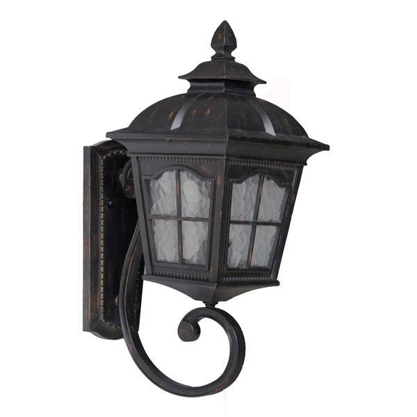 Светильники у дома - светло и красиво